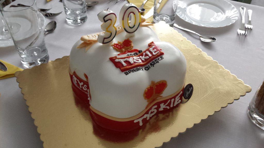 tort na trzydzieste urodziny